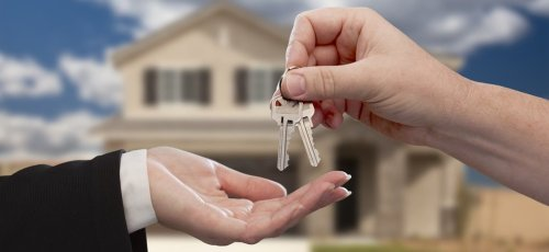 real estate broker For buying property